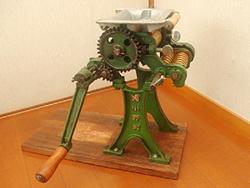 これが玉置さん家の製麺機